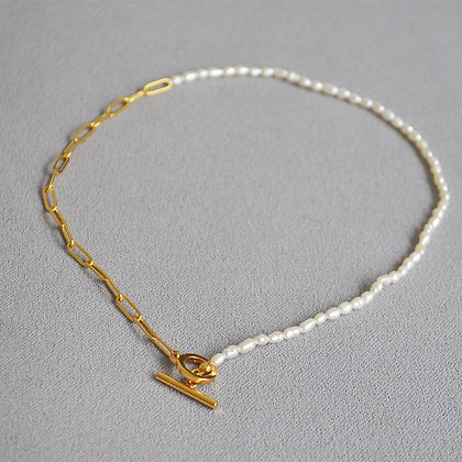18k Gold Filled Pearl w T Bar necklace