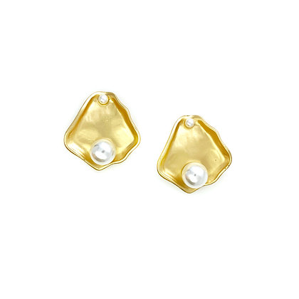 Fragment Pearl Studs- S925 Post