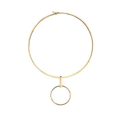Elegant Circle Pendant Choker