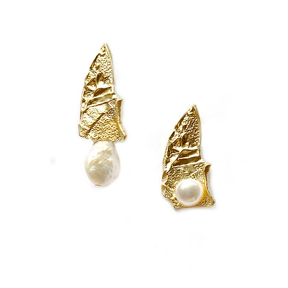 Asymmetrical Fragment Peal Earrings