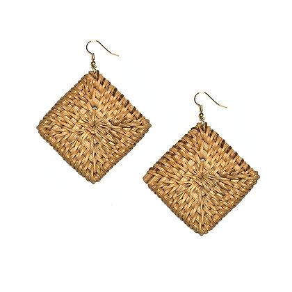 Rhombus Knit Earrings