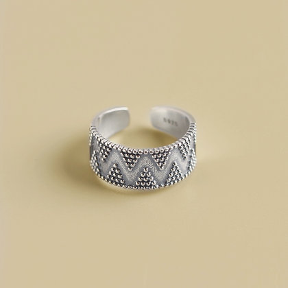 925 Dotted Thick Ring