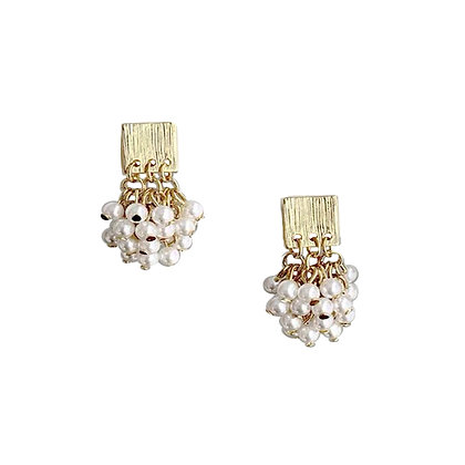 Cluster Pearl Earring- S925 Post