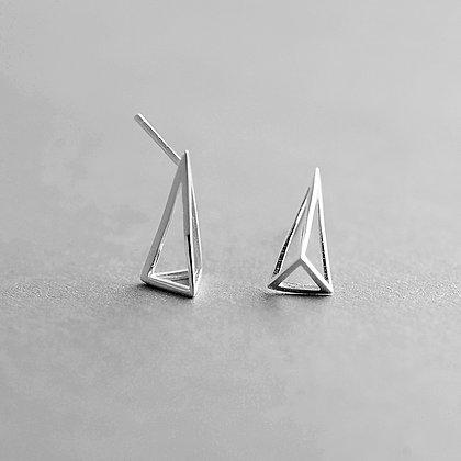 S925 3D Hollow Triangular Studs