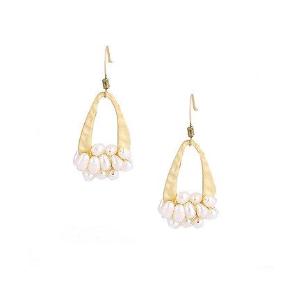 Pear Drop Pearl Earrings
