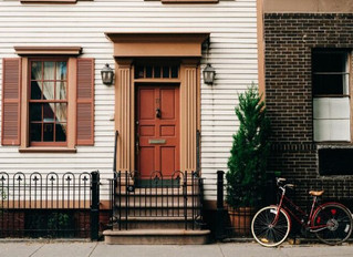4 SURPRISING Reasons Why Renting is Better Than Buying a Property - by Robert Freeh