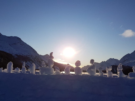 Unterwegs mit Schneeschuhen und mit den Langlaufskis