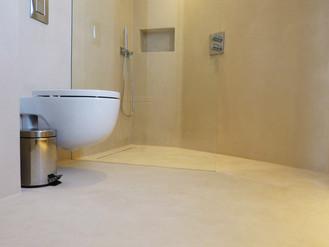 Decoración de baños. Microcemento en platos de ducha