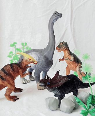 No4_NosDinosaures2.jpg