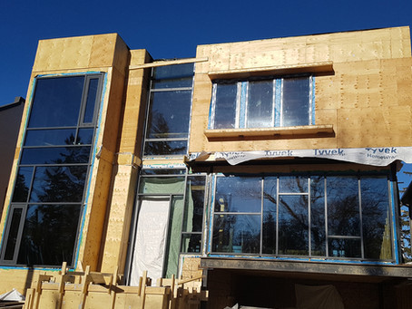Windows are installed in Yonge Blvd Residence