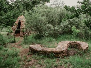 Caroline Bittermann (Germany), Jardins  d'amis – The Gate in Ruin (SAN), 2012