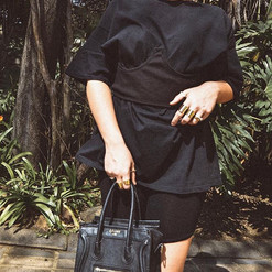 Black on black on black on bla... 🍑 #My