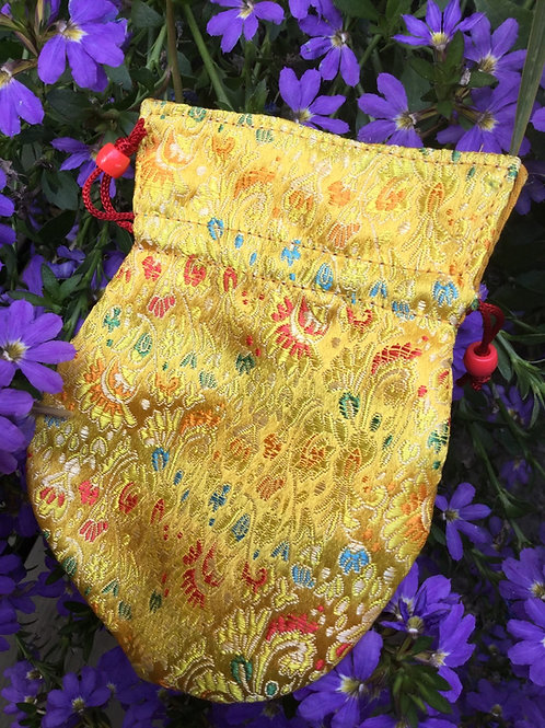 Mala pouch in yellow satin