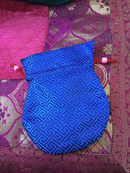 Pochette à mala de satin bleu