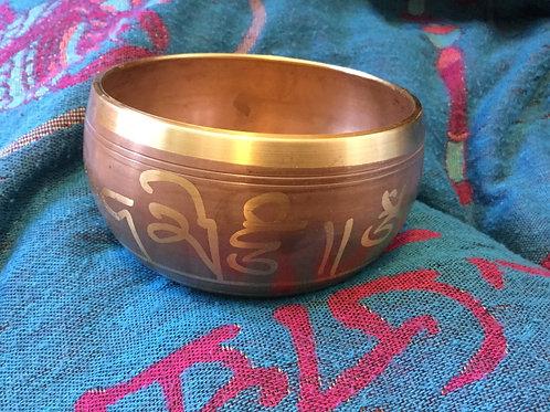 Tibetan singing bowl 11 cm, beige and gold