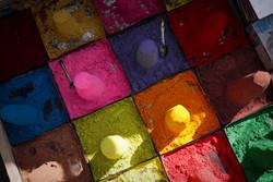 Colourful powder // India