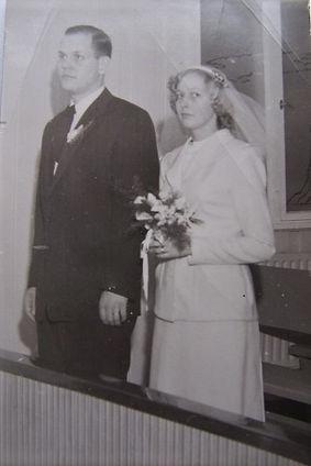 DEC-WeddingPhoto.jpg