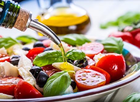 Cómo elegir el mejor Aceite de Oliva Virgen Extra para una ensalada perfecta