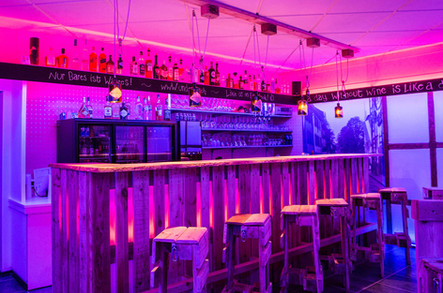 Underbar - DIE Bar