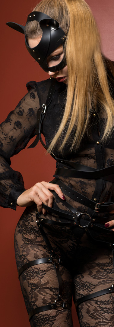 Femdom in lace