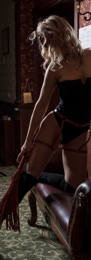 Femdom with a whip