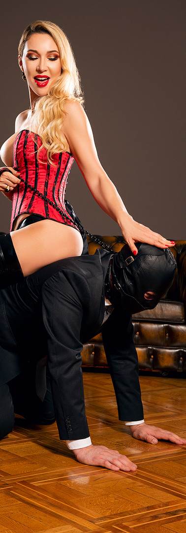 Femdom sitting on the slave