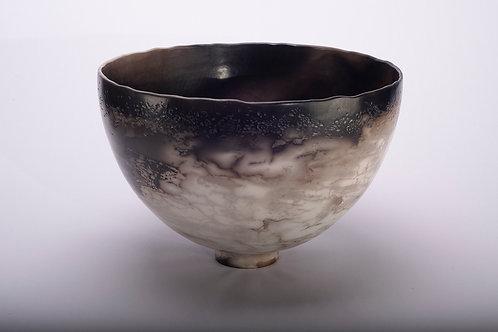 Large smoke fired deep bowl (315/21)