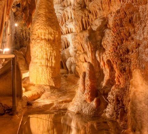 Smoke Hole Caverns