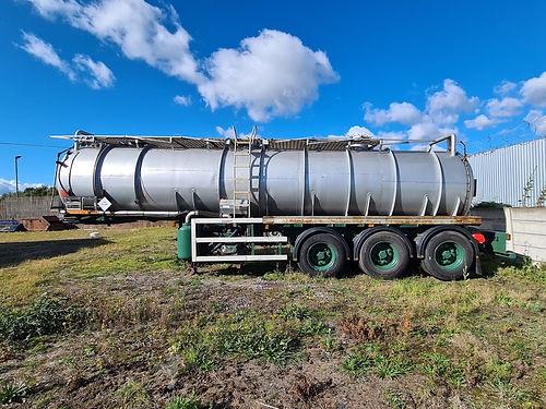 old vac tank.jpg