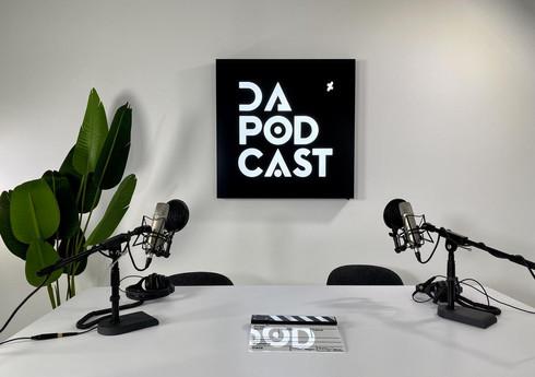 """DeviantArt """"DA Podcast"""""""