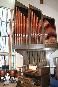 ChurchOrgan4.jpg