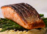 salmon%20con%20yogurt%20de%20eneldo%2C%2