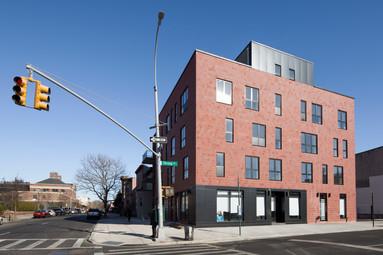 לאפייט 766, ברוקלין ניו יורק