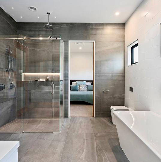 Idris Road, Main bathroom.jpg