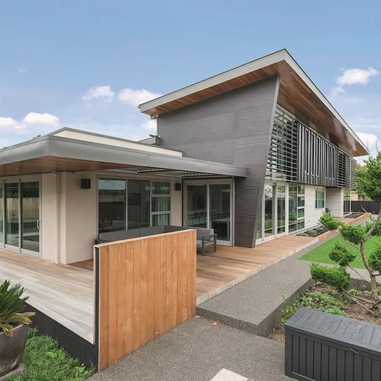 Leisure & Luxury - 2017 House