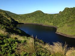 le lac noir à Flores