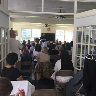 Overflowing crowd for presentation on St. Birgitta - a great messenger of the Sacred Heart by Fr. Stach