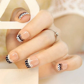 FrenchManicure2.jpg