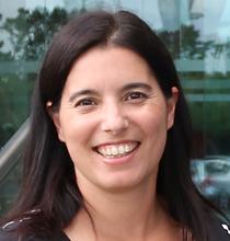 Susana Tomaz - Headshot.png