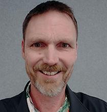 Peter Cayzer - Headshot.jpg
