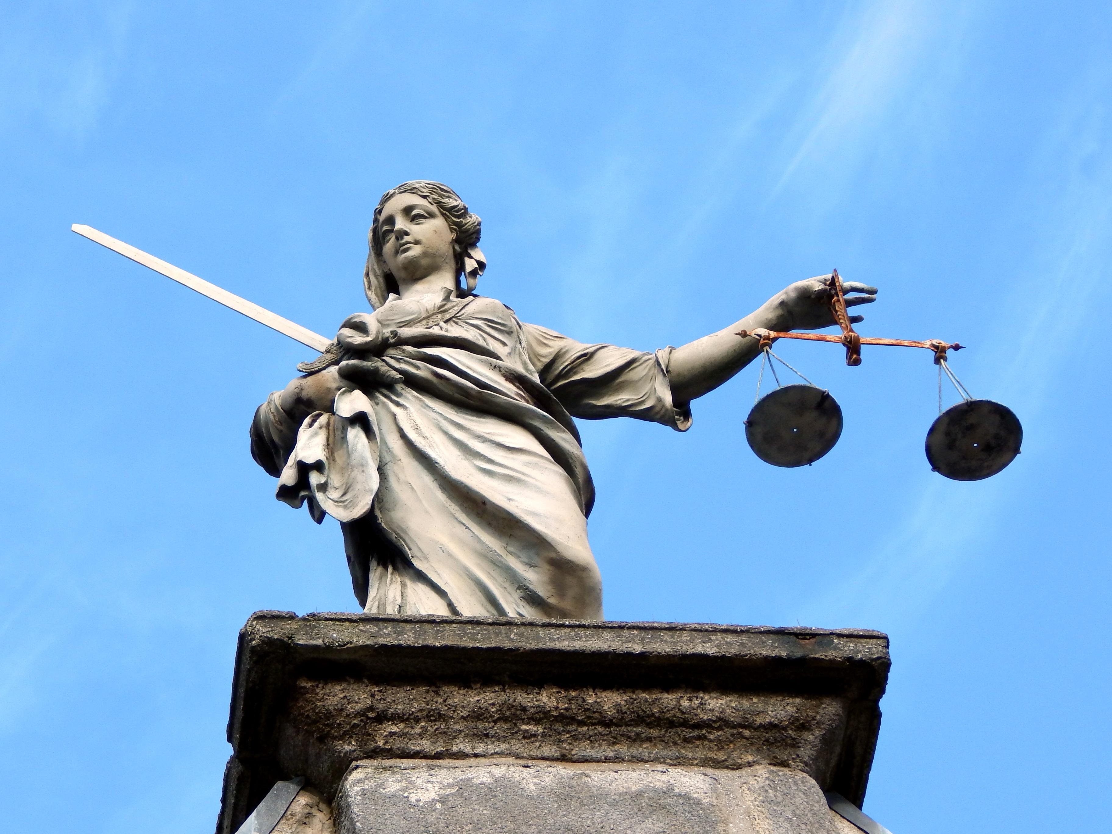justice-626461