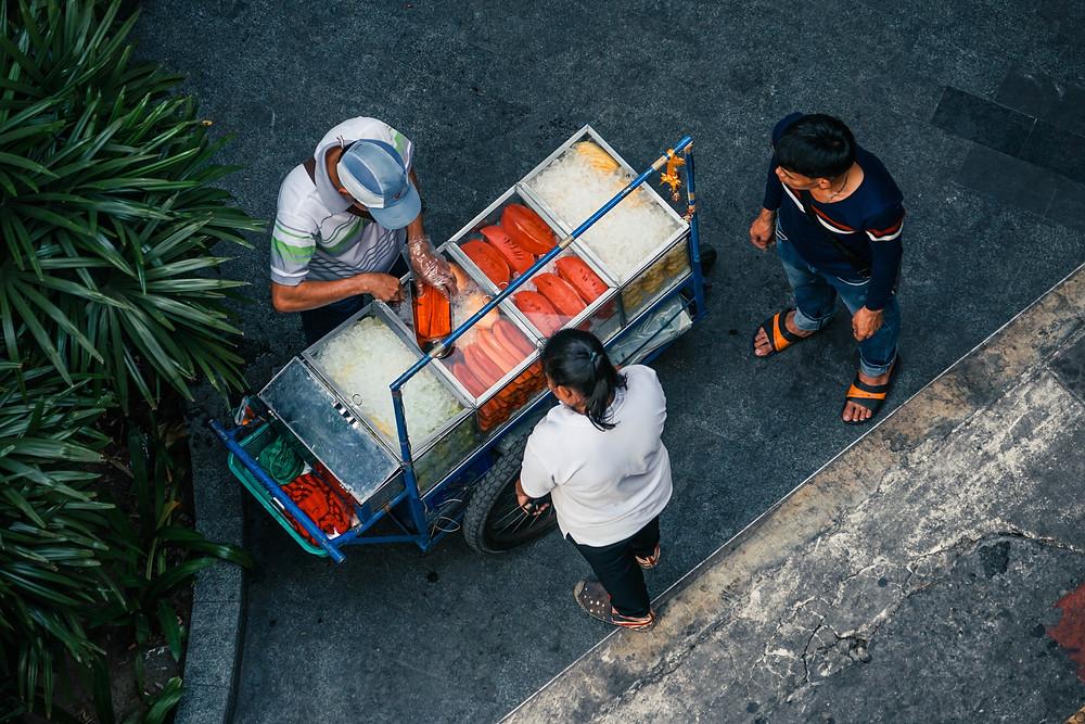 is it ok to eat street food?