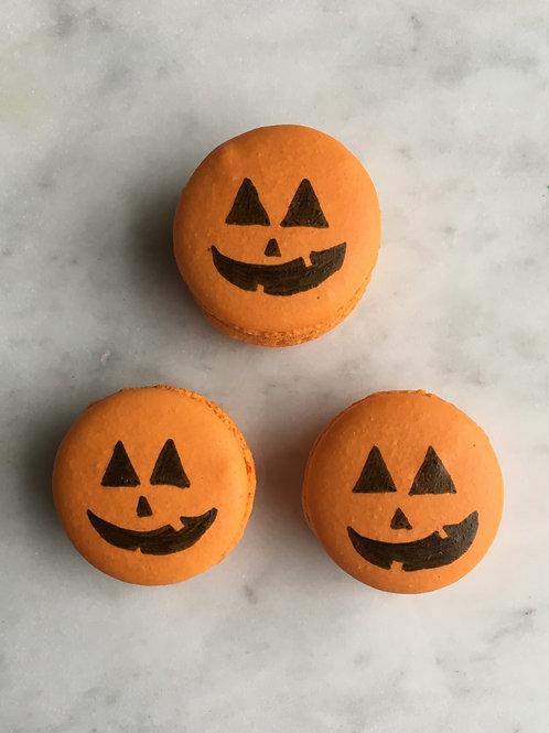 Pumpkin Cream Cheese Feature Macaron