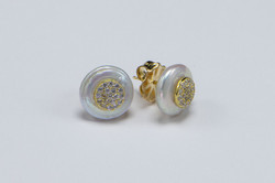 Coin pearl earring with pave