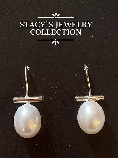 Bar & Pearl Silver Earring (White)