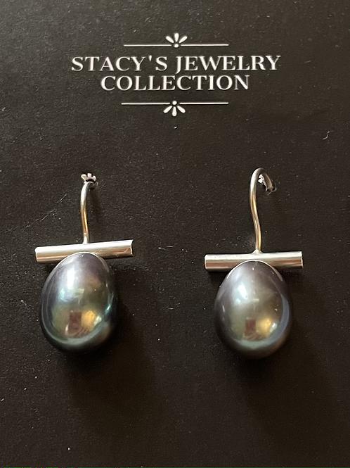 Bar & Pearl Silver Earring (Gray)