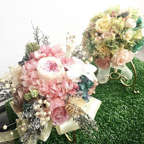 👰 customised bridal bouquet arranged wi