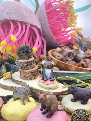 Habitat Nature Table
