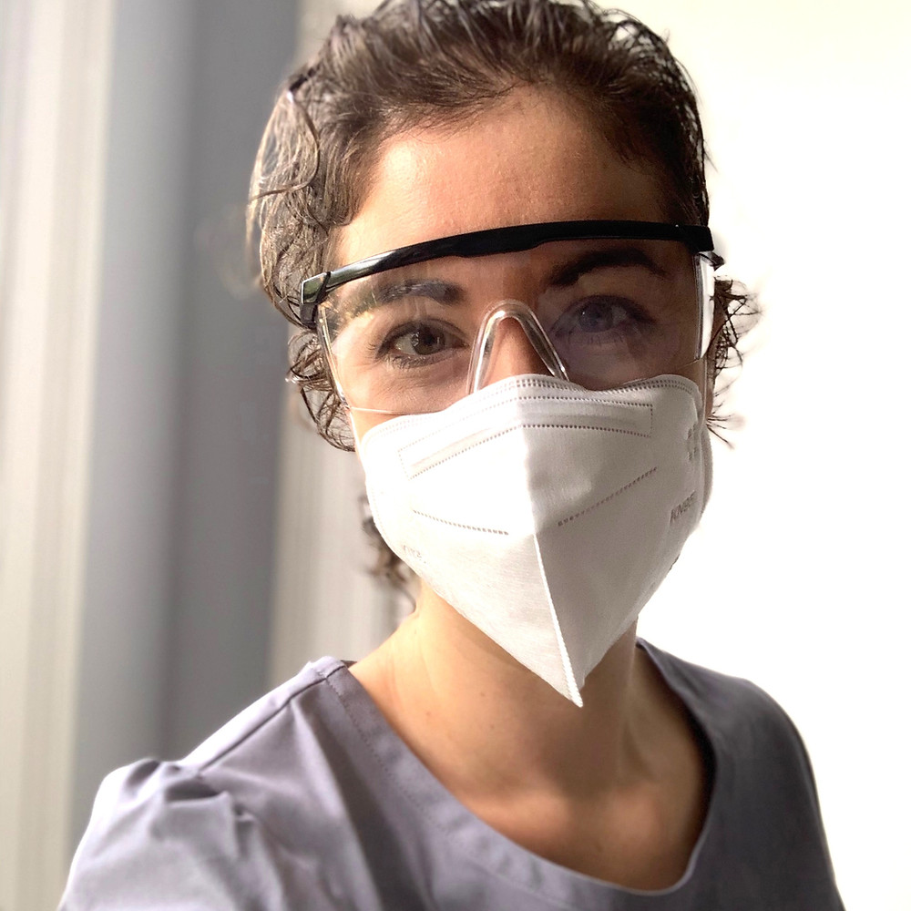 Acupuncturist in PPE