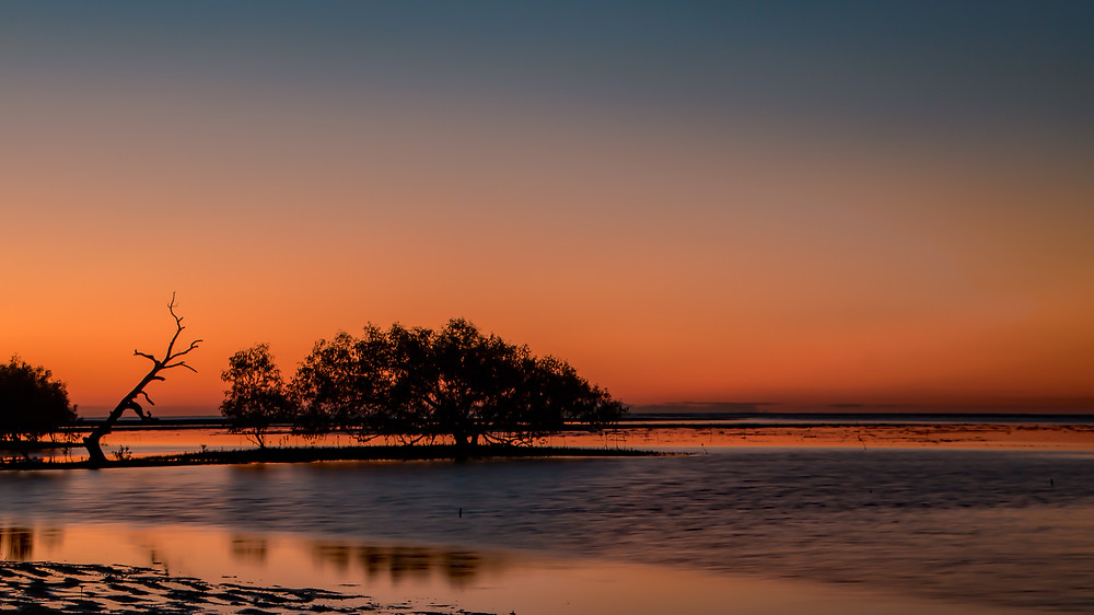Sunset at Bushland Beach, Qld AU
